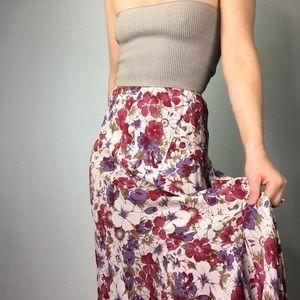 VINTAGE    Cream Floral Fluted Midi Ruffle Skirt